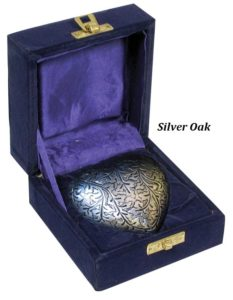 Keepsake Urn, Silver Oak Heart